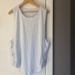 Lululemon tank with cute side detail